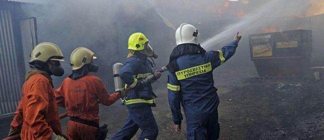 Пожарникарите са купили кораби, които не знаят как да използват