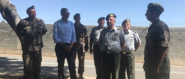 Кипър не е във военна зона, казва министър Аггелидис