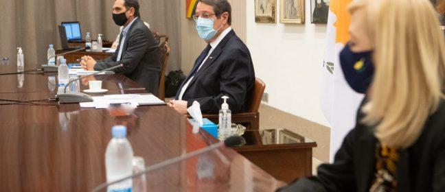 Днес ще представят ревизирания бюджет на среща в президентския дворец